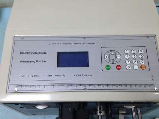 Cтанок для нарезки и зачистки проводов SWT508-C