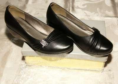 Туфли женские новые  размер 35-36