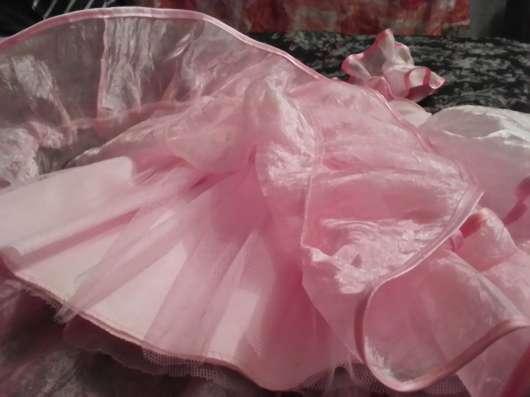 Нежное нарядное платье для девочки 2-3-х лет