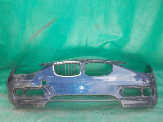 Передний бампер на BMW 1er F20 б.у. оригинал