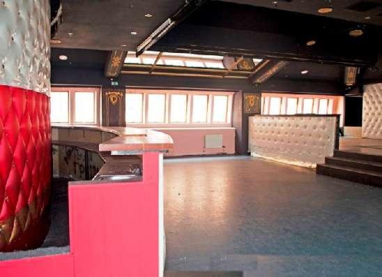Помещение под кафе, ресторан, клуб на Невском пр. в аренд