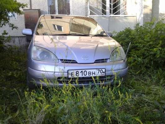 Продам автомобиль Toyota Prius 1998 года