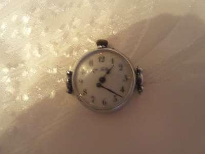 Часы старинные женские Qli Laller