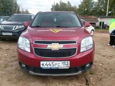 автомобиль Chevrolet Orlando