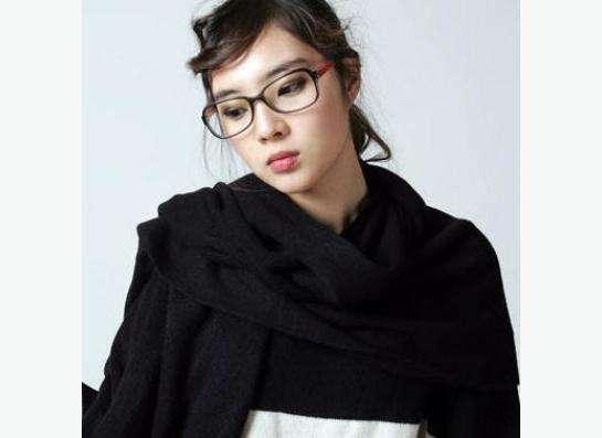 теплый шарф черного цвета