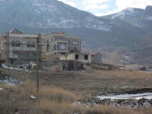 Земельный участок под заповедником с незавершенным строением в г. Феодосия Фото 2