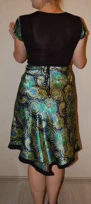 Платье нарядное летнее шелковое зеленое в Москве Фото 2