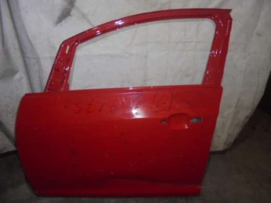 Opel Astra J дверь