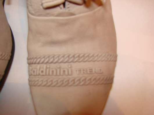 Продам туфли Италия оригинал 36 размер