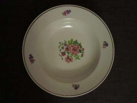 Фарфоровые тарелки 60-х годов в Краснодаре Фото 1