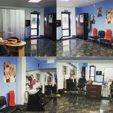 В новый салон красоты требуются мастера. Мы вам будем рады !