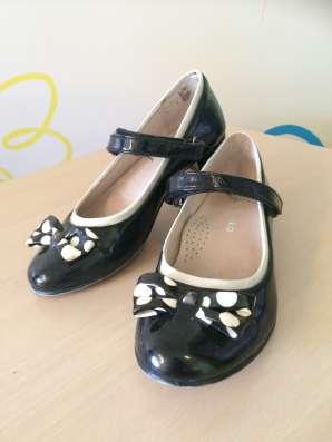 Черные школьные туфли kapika 31