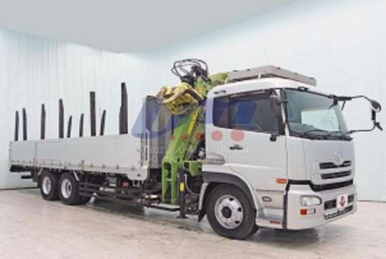 Лесовоз сортиментовоз Nissan Truck с кран манипуляторной уст в Екатеринбурге Фото 1