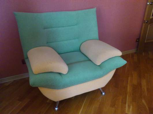 Продам кресло 1 шт