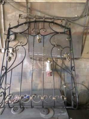 Изготовим двери железные, решётки