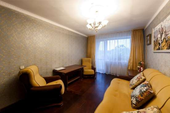 Продается трехкомнатная квартира на ул. Школьная