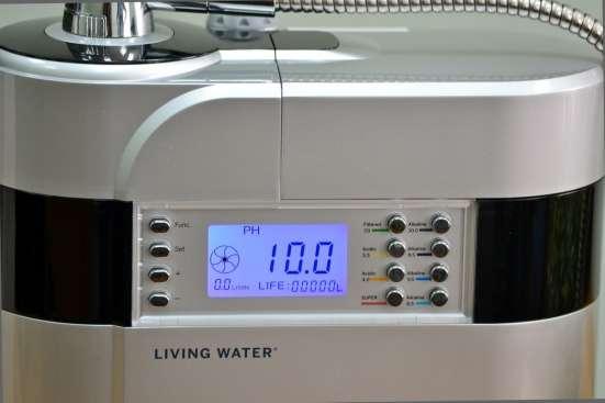 Вода, которую можно получить с помощью Living Water!