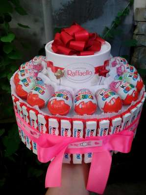 Тортик из конфет и сока в детский садик
