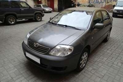 подержанный автомобиль Toyota Corolla