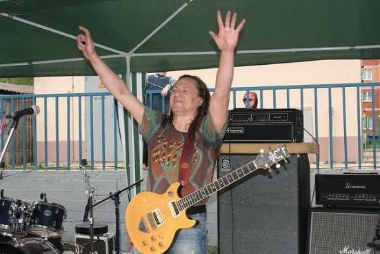 Обучение игре на акустической, электро и бас гитарах в Лыткарино Фото 1
