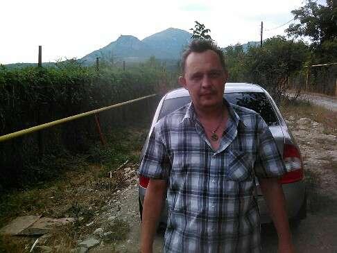 Михаил, 42 года, хочет познакомиться