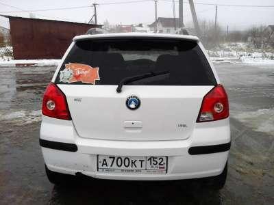 Автомобиль Geely MK Cross