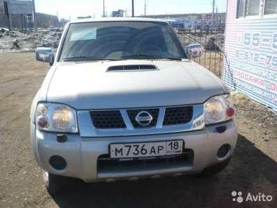 подержанный автомобиль Nissan NP300